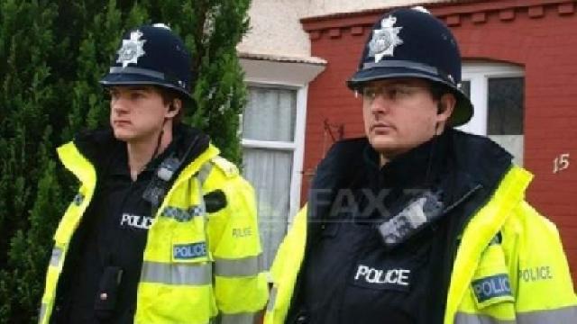 Serviciile de securitate din Marea Britanie au dejucat 13 atentate teroriste din 2013