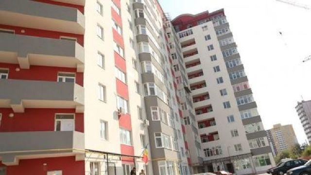 Lucrările de dezinsecție în blocurile locative din Capitală au fost reluate