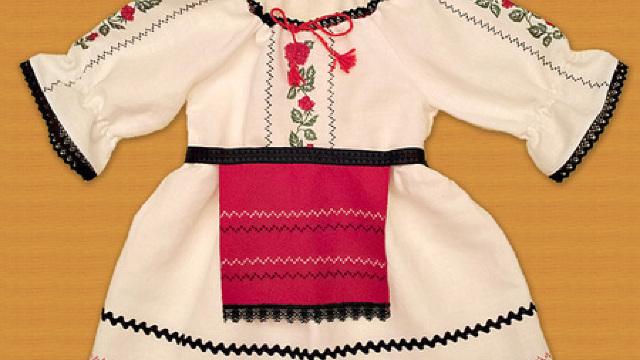 Cele mai căutate sunt costumele tadiţionale pentru copii