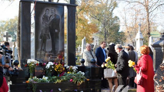 Ion și Doina Aldea Teodorovici, comemorați la cimitirul Central de pe strada Armenească