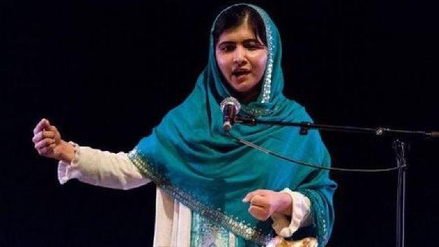 Tânăra pakistaneză Malala Yousafza a primit premiul Saharov