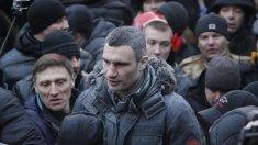Primarul Kievului, fostul campion de box categoria grea Vitali Kliciko, testat pozitiv la COVID-19, chiar în ajunul alegerilor locale