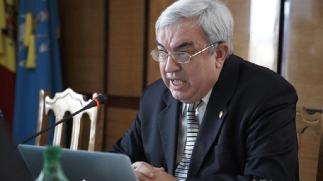 Preşedintele Academiei de Ştiinţe Gheorghe Duca şi soţia sa vor fi cercetaţi penal