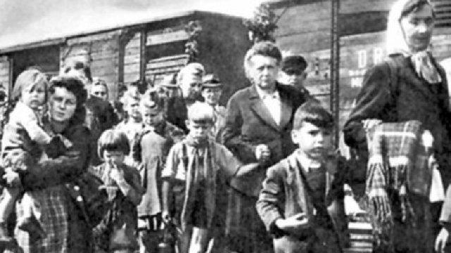 Adevărul istoric este restabilit în tot mai multe localități din Moldova (Adevărul)