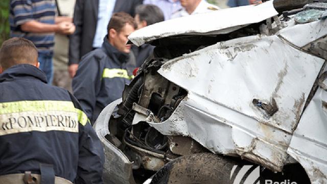 Accident în Telenești | Un mort și patru răniți