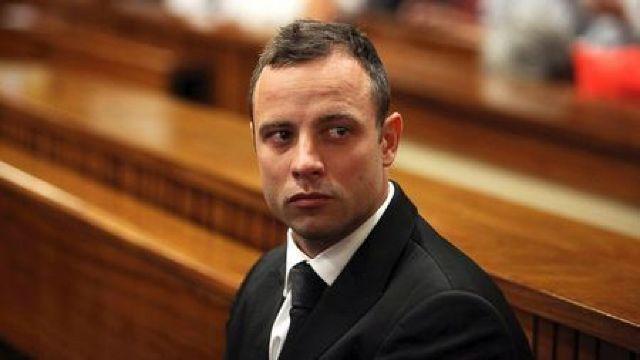 Atletul paralimpic Oscar Pistorius, condamnat în apel la 13 ani şi 5 luni de închisoare