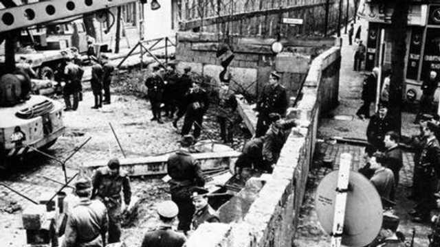 25 de ani de la căderea Zidului Berlinului