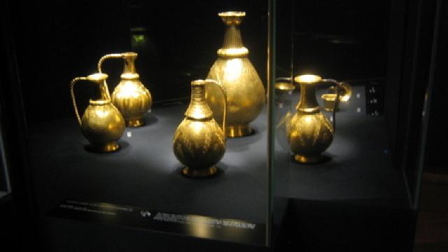 Dilema olandezilor. Ale cui sunt comorile arheologice din Crimeea? Ucraina sau Rusia?