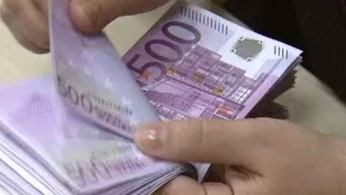 Românii au o avere de 400 miliarde euro, care este maximul ultimilor nouă ani