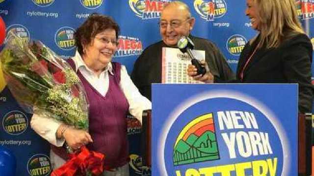 A câştigat cel mai mare premiu la loterie din istoria New York-ului