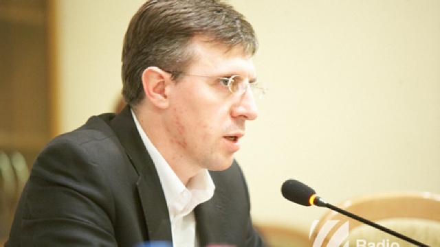La o zi după numirea în funcție a Silviei Radu, Dorin Chirtoacă și-a prezentat punctul de vedere (Revista presei)
