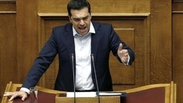 Grecii ies la urne. Scenariile de după referendum