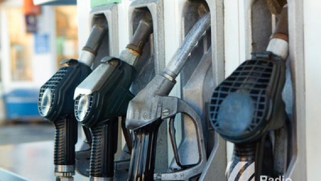 Prețul petrolului scade din nou