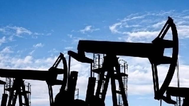 Petrolul se apropie de 40 de dolari pe baril