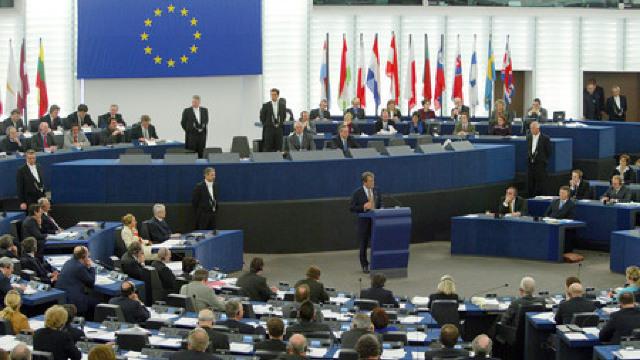 Parlamentul European a adoptat noua distribuire a mandatelor post-Brexit; România va avea un loc în plus