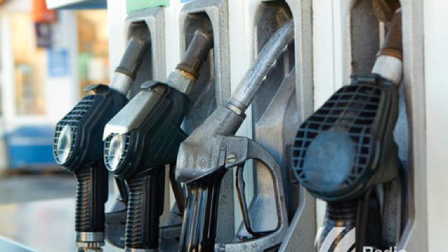 Tot mai multe benzinării. Organizațiile de mediu AVERTIZEAZĂ