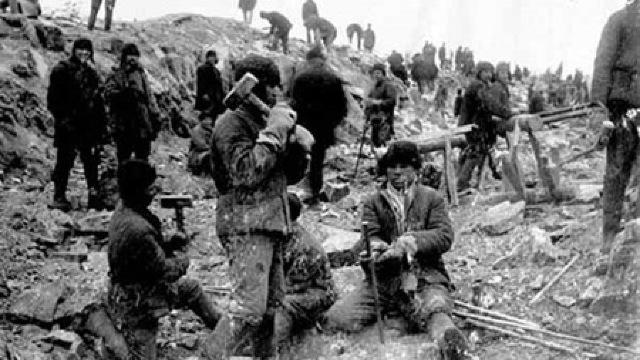 Rusia revine la practici ale Gulagului. Deținuți ucraineni trimiși în Siberia