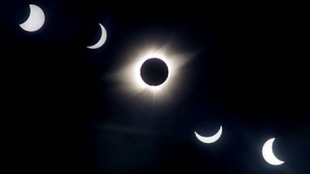 Eclipsă de Lună în 23 martie. Ce alt eveniment astronomic spectaculos are loc în paralel