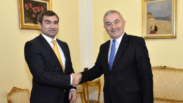 Vice-ministrul afacerilor externe, Lilian Darii, în vizită la București