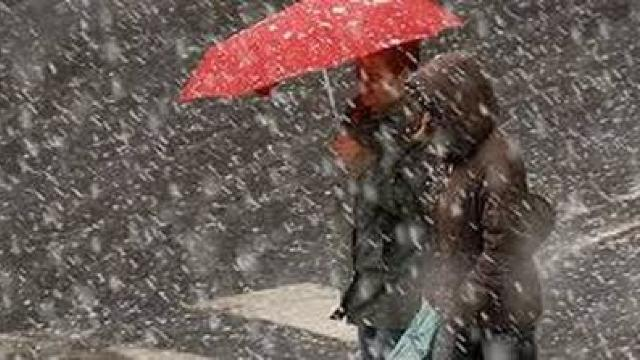 Alertă meteo de vreme rea în România. Ploi şi ninsori în majoritatea regiunilor