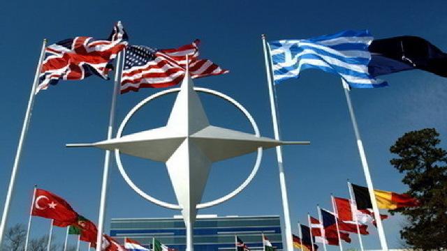 Liderii din NATO se reunesc într-un moment în care Europa este amenințată din toate părțile