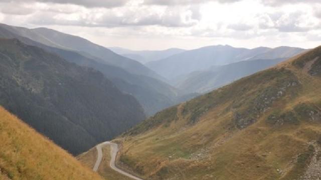 Călătorește gratis în România!