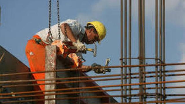 Angajatorii din România vor să importe forță de muncă din Republica Moldova și Ucraina