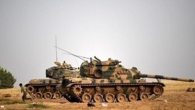 Tancuri ale armatei turce au intrat pe teritoriul Siriei