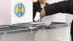Un alt judecător va examina decizia privind validarea alegerilor din Chișinău. Susținătorii lui Andrei Năstase protestează