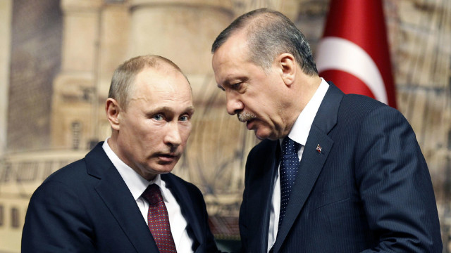 FOTO   Erdogan şi Putin discută pe tema situaţiei din Siria şi a ofensivei irakiene asupra Mosulului