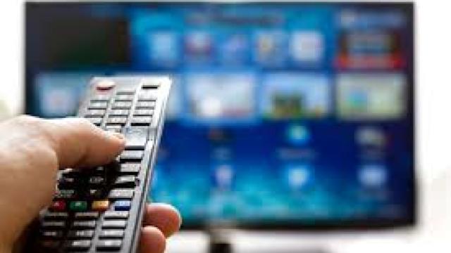 Ziarul de Gradă: Cele mai scumpe sunt televiziunile lui Țopa și Plahotniuc (Revista presei)