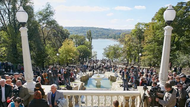 FOTO   Au fost inaugurate Scara Cascadelor și Rotonda din Parcul Valea Morilor