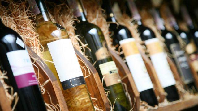 Peste 35 de companii au prezentat vinuri selecte la Vernisajul Vinului, la Palatul Republicii