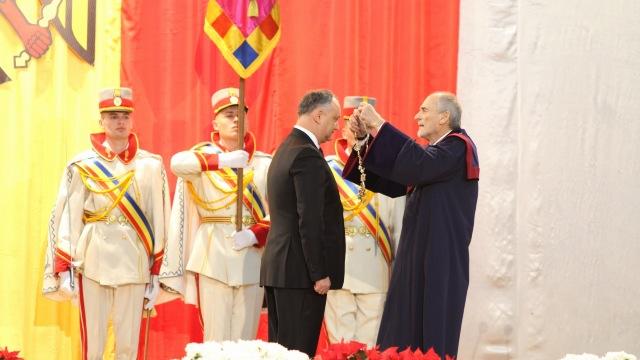 FOTO   Igor Dodon a preluat oficial mandatul de șef al statului