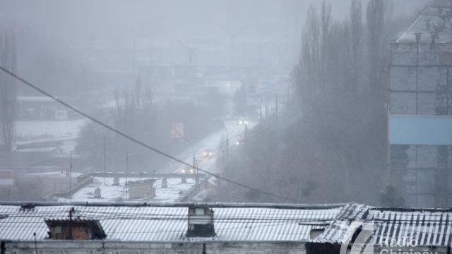 Autoritățile, despre situația creată în urma ninsorilor ambundente. Opt accidente au avut loc în Capitală