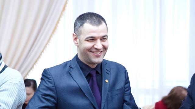 Octavian Țîcu: Unire prin unire! Apel către Traian Băsescu (Revista presei)