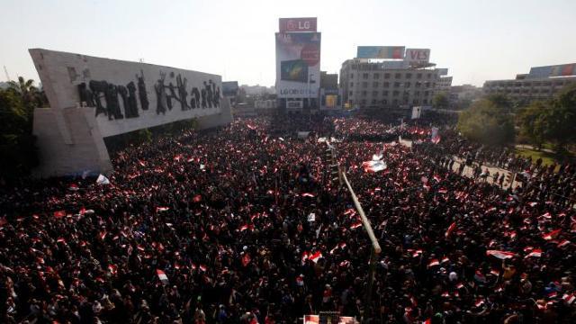 FOTO   Mai mulți răniți la Bagdad, ca urmare a ciocnirilor violente între poliție și manifestanți