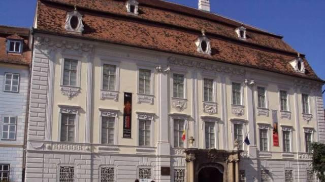 FOTO | Muzeul Brukenthal împlinește 200 de ani. Cel mai vechi muzeu din România şi cel mai mare din Sud-Estul Europei