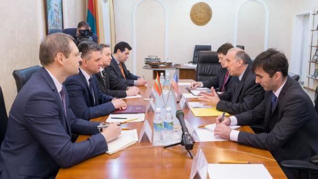 Liderul de la Tiraspol s-a întâlnit cu ambasadorul Statelor Unite acreditat la Chișinău