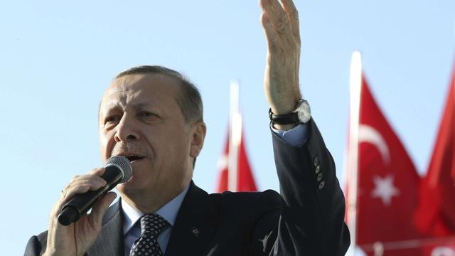 Recep Erdogan devine preşedinte al fondului suveran şi concediază tot managementul