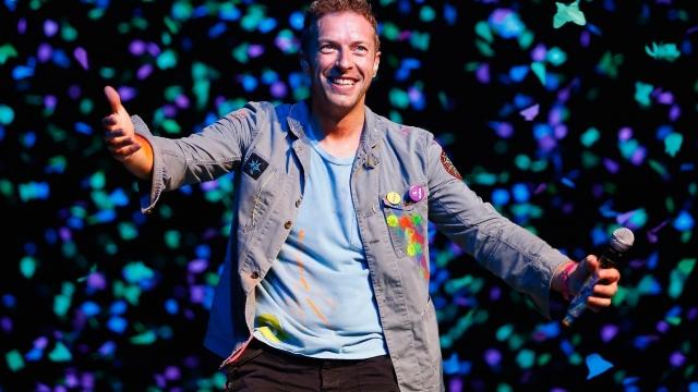 VIDEO   Coldplay a prezentat o piesă surpriză, destinată aniversării de 40 de ani a solistului Chris Martin