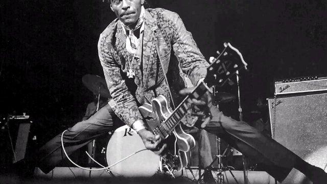 Chitaristul și cântărețul american Chuck Berry a încetat din viață (fișă biografică)