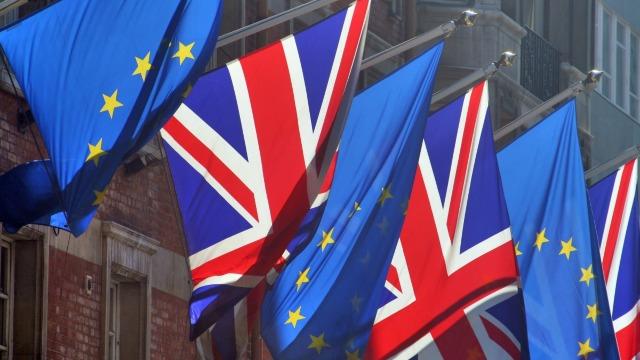 BREXIT | Marea Britanie va declanșa Brexitul la 29 martie