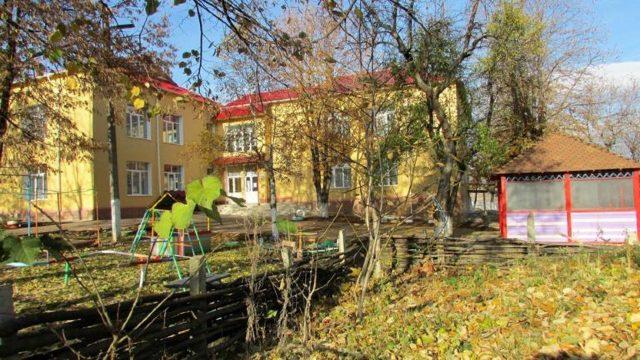 DOC | Donații… în declarații. A donat sau nu Igor Dodon bani pentru grădinița din Sadova (Expresul)
