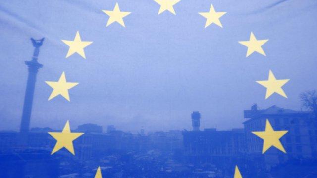 Raportul Comisiei Europene   Cetățenii R.Moldova vor beneficia în continuare de Regimul liberalizat de vize cu statele din Spațiul Schengen. Recomandările adresate Chișinăului