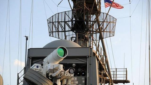 Pentagonul se înzestrează cu arme laser