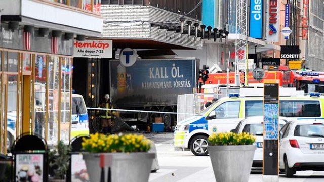 Bilanțul atentatului din Stockholm a crescut la cinci morți