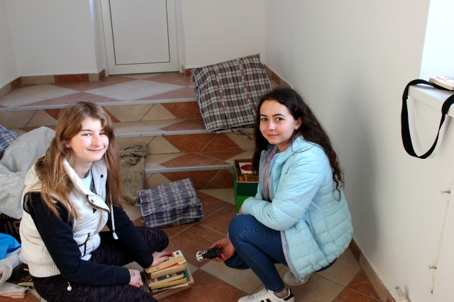 Maluri de Prut | Mii de cărți adunate în România, pentru o școală din Chișinău