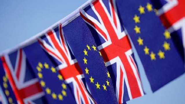 Brexit | Cetățenii UE din Marea Britanie ar urma să fie rugați să se înregistreze