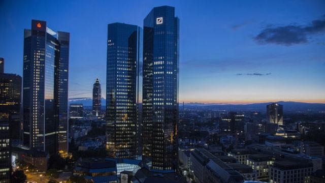 Deutsche Bank, somată să-și clarifice eventuala implicare în presupuse legături financiare între Trump și Rusia